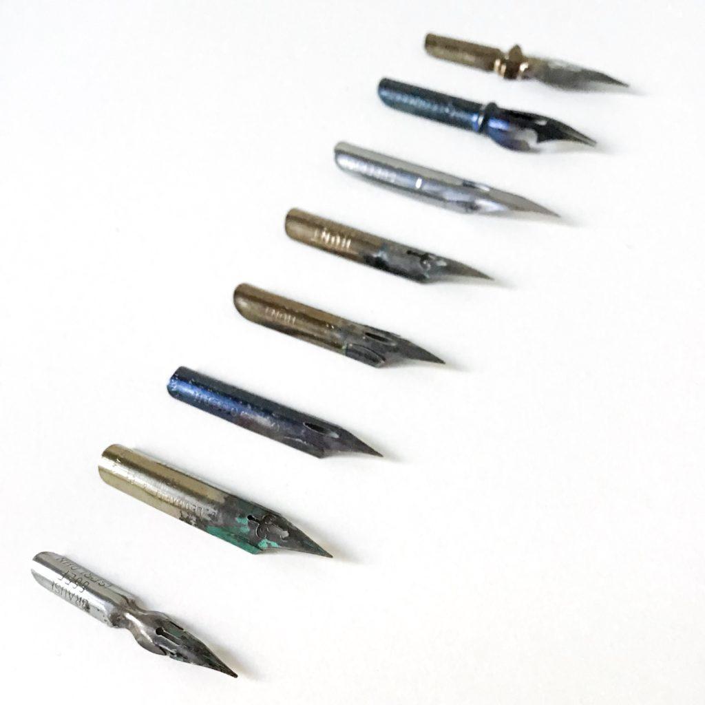 Federn für die Spitzfeder-Kalligraphie
